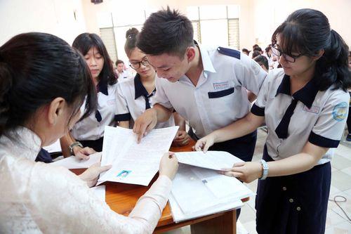 ĐH Ngoại ngữ-ĐH Quốc gia Hà Nội lấy điểm sàn xét tuyển từ 15 - Ảnh 1