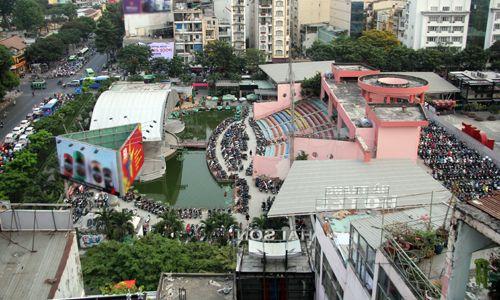 """Chủ tịch UBND TP.HCM Nguyễn Thành Phong: """"Công viên gì toàn thấy quán cà phê, ca nhạc"""" - Ảnh 1"""