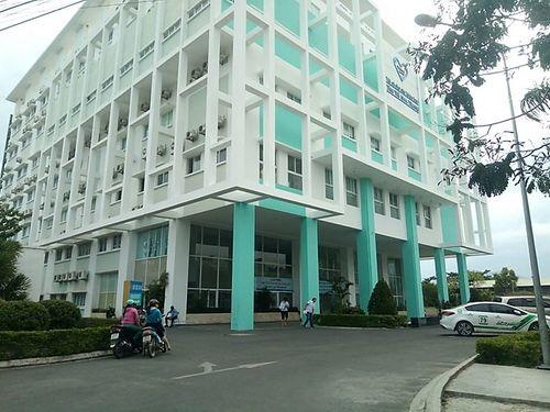 Vụ điều dưỡng 9X bị tố hiếp dâm nữ bệnh nhân 57 tuổi: Giám đốc bệnh viện lên tiếng - Ảnh 2