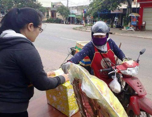 Vụ tai nạn 13 người chết ở Quảng Nam: Nhiều người quyên góp giúp đỡ các nạn nhân - Ảnh 1