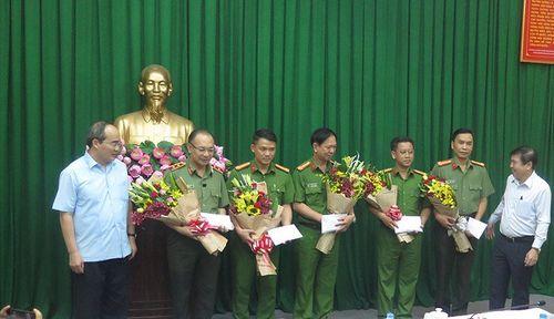 Manh mối phá án vụ nổ tại trụ sở công an phường ở TP. Hồ Chí Minh - Ảnh 3
