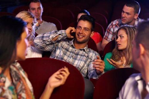 """Vụ nhân viên CGV tung ảnh """"nóng"""" của khách: Câu chuyện văn hóa xem phim và quyền riêng tư - Ảnh 2"""