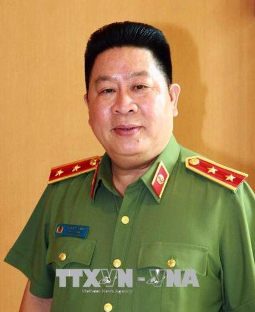 Cách chức Thứ trưởng Bộ Công an đối với ông Bùi Văn Thành - Ảnh 1