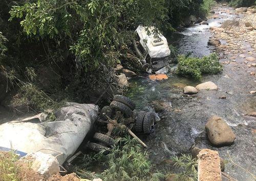 Tin tai nạn giao thông mới nhất ngày 18/9/2018: Khởi tố vụ tai nạn 13 người chết ở Lai Châu - Ảnh 1