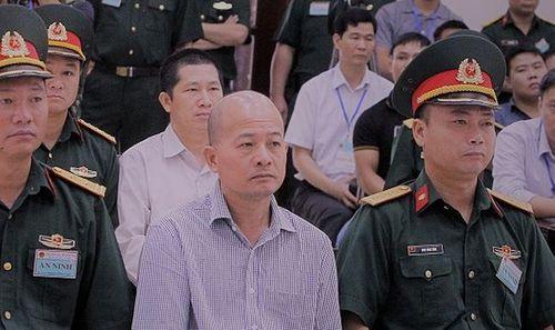 """Cựu thượng tá quân đội Út """"trọc"""" kháng cáo xin giảm nhẹ hình phạt - Ảnh 1"""