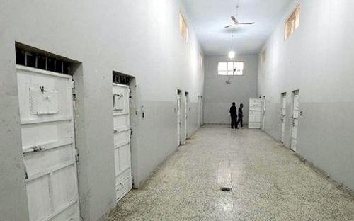 400 tù nhân vượt ngục khỏi nhà tù Libya - Ảnh 1