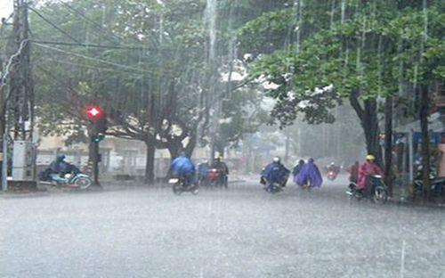 Hà Nội: Cảnh báo mưa giông, lốc và gió giật mạnh trong ngày cuối kỳ nghỉ lễ - Ảnh 1