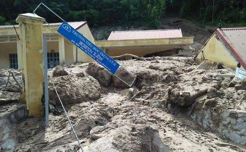 Thanh Hóa: Xót xa cảnh mưa lũ tàn phá tan hoang ở Mường Lát - Ảnh 3