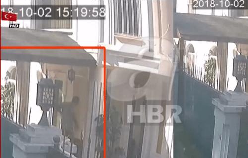 Báo Thổ Nhĩ Kỳ tung video sát thủ vận chuyển vali nghi chứa thi thể nhà báo Khashoggi? - Ảnh 1