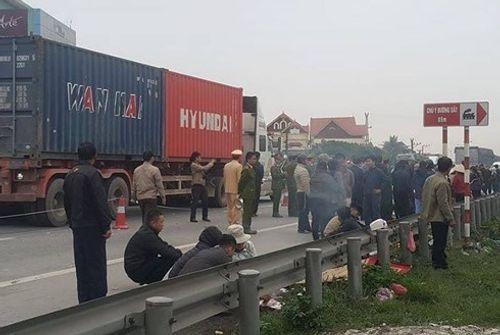 Vụ xe tải đâm đoàn viếng nghĩa trang: Chủ xe gây tai nạn là của một doanh nghiệp ở Hà Nội - Ảnh 1