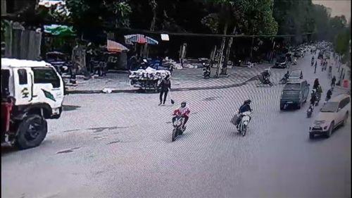 Sự thật thông tin CSGT Thanh Hóa quăng lưới bắt xe máy khiến học sinh bị thương - Ảnh 1