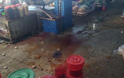 Điều tra vụ nữ tiểu thương bất ngờ bị truy sát, đâm gục tại chợ - Ảnh 1