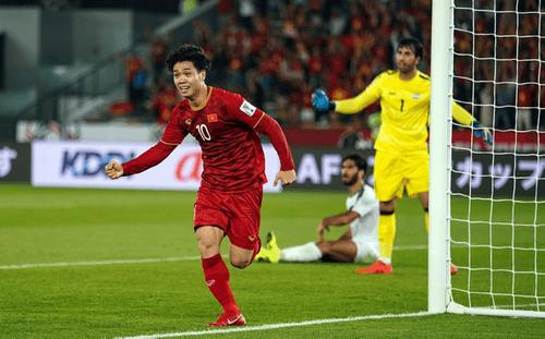 """Báo châu Á nhận xét về Công Phượng sau loạt pha bóng """"ma thuật"""" trong trận gặp Iraq - Ảnh 1"""
