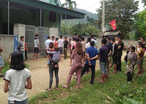 Vụ chồng bị thương ôm thi thể vợ ở Nghệ An: Giám định mẫu máu của nghi phạm để điều tra - Ảnh 1