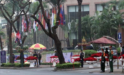 Hội nghị thượng đỉnh Mỹ - Triều ngày 2: An ninh cao độ tại khách sạn Metropole - Ảnh 3