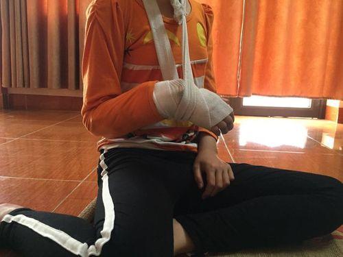 Thông tin bất ngờ vụ bé gái 9 tuổi ở Hà Nội tố bị gã bán thịt xâm hại ở vườn chuối - Ảnh 2