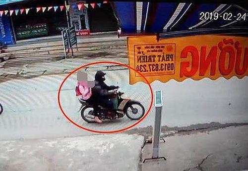 """Vụ bé gái 9 tuổi ở Hà Nội bị xâm hại: Đề nghị bắt giam """"yêu râu xanh"""" - Ảnh 1"""