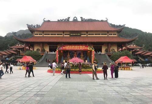 """Nghi vấn chùa Ba Vàng truyền bá """"vong báo oán"""": Chiều mai (23/3), sẽ triệu tập bà Phạm Thị Yến? - Ảnh 2"""