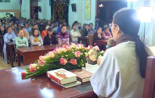 """Nghi vấn chùa Ba Vàng truyền bá """"vong báo oán"""": Chiều mai (23/3), sẽ triệu tập bà Phạm Thị Yến? - Ảnh 1"""