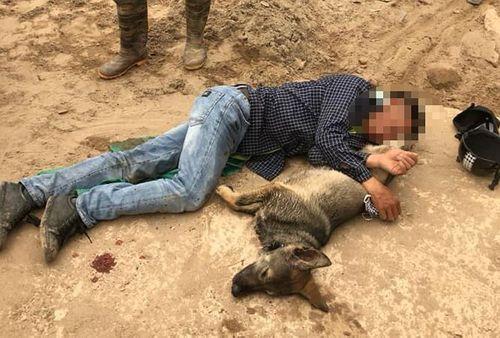 Người đàn ông nghi trộm chó bị vây đánh hội đồng ở Hưng Yên - Ảnh 1