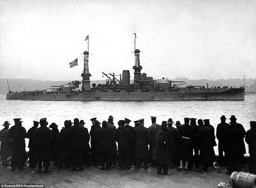 Bí ẩn bên trong chiến hạm Mỹ bị Nhật đánh chìm trong trận Trân Châu Cảng - Ảnh 4