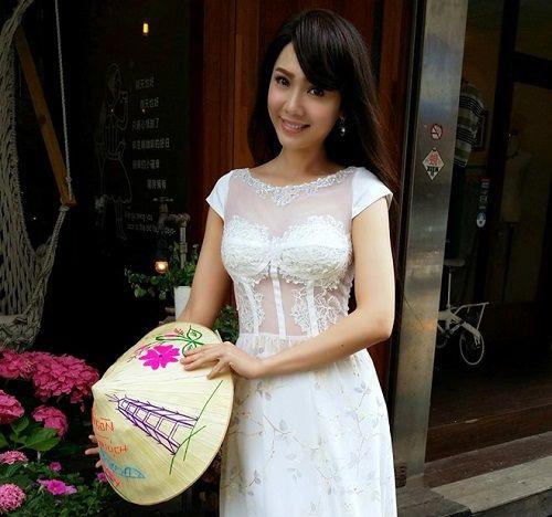 Nữ diễn viên Helen Thanh Đào gây sốc khi nói dối mẹ qua đời - Ảnh 2