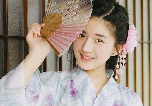 Nhan sắc nữ sinh Trung Quốc bị chụp lén vì quá xinh đẹp - Ảnh 8