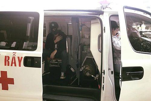 Diễn viên Harry Lu sang Đài Loan để chữa chấn thương mặt sau tai nạn - Ảnh 1