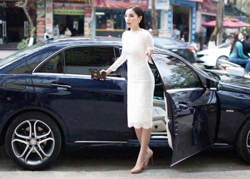 "Kỳ Duyên lần đầu xuất hiện sau scandal đỗ xe ""kiểu hoa hậu"" - Ảnh 1"