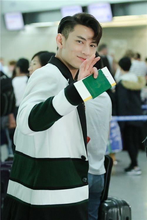 Isaac nhập viện vì kiệt sức khi quay phim ở Hàn Quốc - Ảnh 3