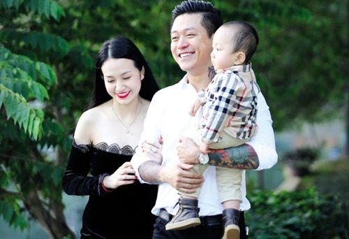 """Những sao Việt làm """"soái ca"""" bảo vệ vợ, người yêu khiến fans ngưỡng mộ - Ảnh 3"""