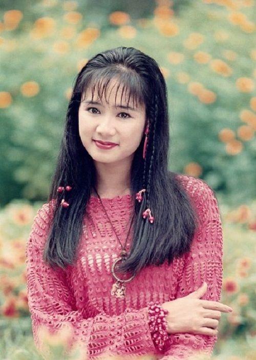 """Ngưỡng mộ nhan sắc của mỹ nhân """"Lá ngọc cành vàng"""" - NSƯT Thu Hà - Ảnh 4"""