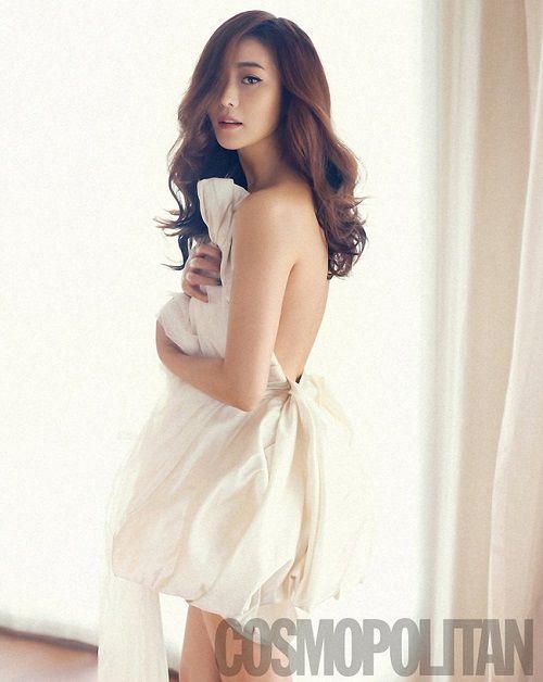 """Nữ diễn viên tự nhận mình đẹp hơn cả """"nữ thần"""" Kim Tae Hee và Jeon Ji Hyun - Ảnh 4"""