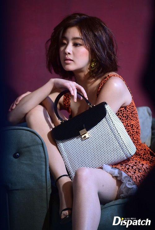 Cận cảnh vẻ đẹp nóng bỏng của bạn gái tài tử Hyun Bin - Ảnh 6