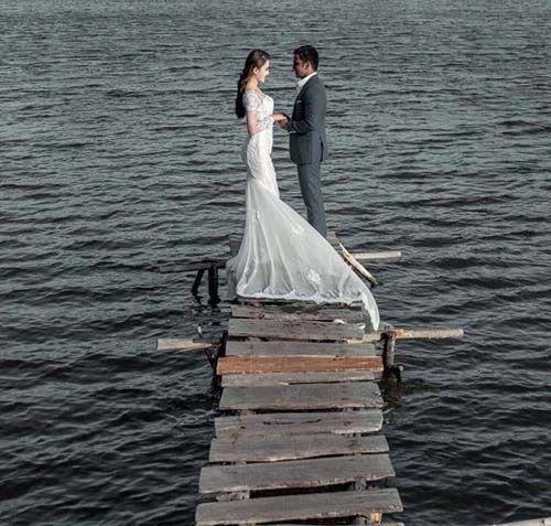 Nữ diễn viên Dốc Tình bí mật làm đám cưới với bạn trai Ấn Độ - Ảnh 2