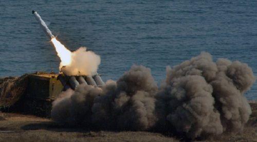 Nga triển khai tên lửa hiện đại tới quần đảo tranh chấp với Nhật - Ảnh 1