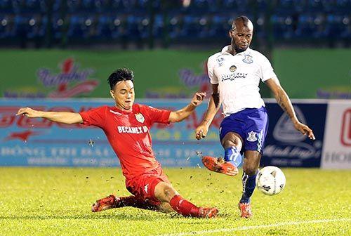 """Khai mạc BTV – Cup Number 1: Đội bóng của """"Messi Campuchia"""" lấn át chủ nhà Bình  - Ảnh 4"""