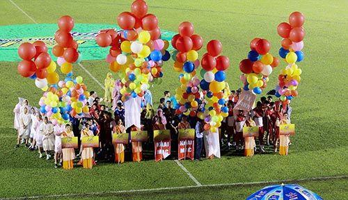 """Khai mạc BTV – Cup Number 1: Đội bóng của """"Messi Campuchia"""" lấn át chủ nhà Bình  - Ảnh 3"""