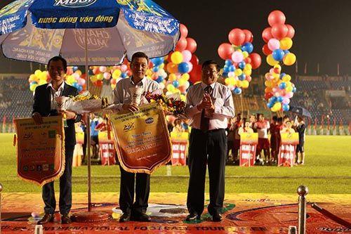 """Khai mạc BTV – Cup Number 1: Đội bóng của """"Messi Campuchia"""" lấn át chủ nhà Bình  - Ảnh 6"""