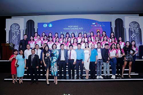 """Hoa khôi VMU 2016 sẽ tham gia """"Hành trình Tuổi trẻ vì biển đảo quê hương"""" - Ảnh 5"""