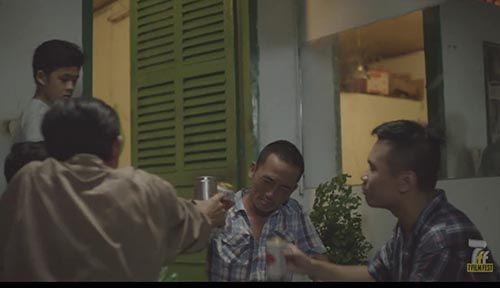Cậu bé nghèo và bi kịch của người cha say xỉn  - Ảnh 1