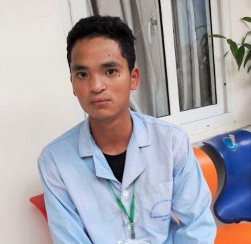Thanh niên 18 tuổi chịu 7 lần phẫu thuật đau đớn để có được nụ cười tự nhiên - Ảnh 1