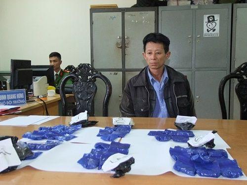 Bắt đối tượng vận chuyển gần 8.000 viên ma túy tổng hợp - Ảnh 1