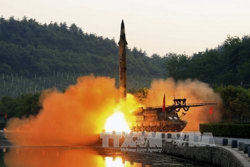 Triều Tiên đẩy nhanh phát triển hạt nhân đối phó với trừng phạt - Ảnh 1