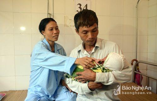 Bác sỹ hiến máu cứu sống sản phụ bị băng huyết - Ảnh 1