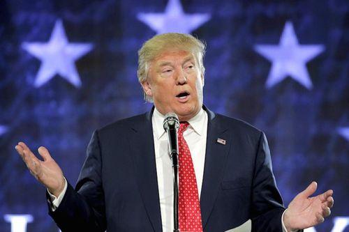 """Tổng thống Donald Trum """"khoe""""  thành tựu trong năm đầu làm tổng thống - Ảnh 1"""