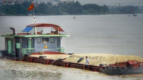 """Nam Định: Tràn lan tàu thuyền """"ma"""" trên sông Đào - Ảnh 4"""