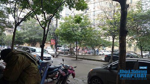 """Hà Nội: Có người """"bảo kê"""" bãi xe không phép tại phường Xuân La, quận Tây Hồ? - Ảnh 1"""