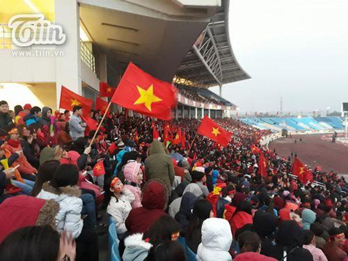 """SVĐ Mỹ Đình ngày càng """"nóng"""" chờ sự xuất hiện của U23 Việt Nam - Ảnh 5"""
