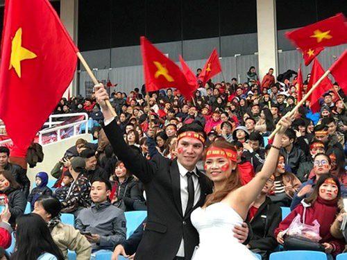 """SVĐ Mỹ Đình ngày càng """"nóng"""" chờ sự xuất hiện của U23 Việt Nam - Ảnh 6"""
